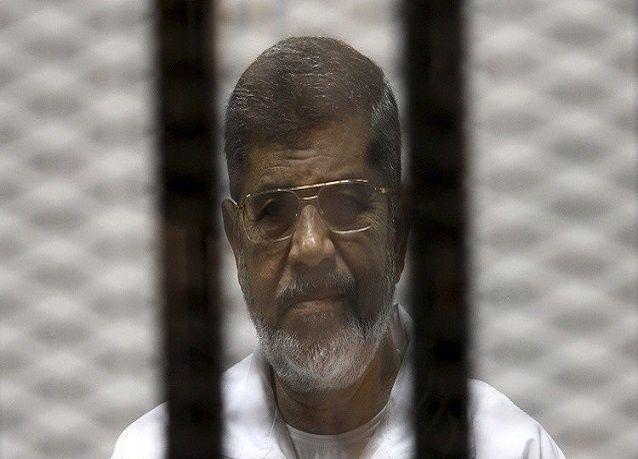 تأجيل النطق بالحكم على مرسي إلى 16 يونيو