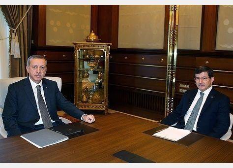 استقالة الحكومة التركية تدخل البلاد مرحلة حرجة مدتها 45 يومًا