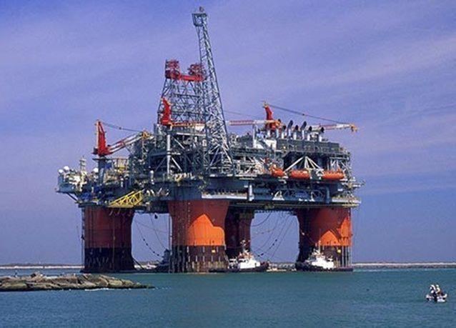 الكويت تبحث عن النفط في البحر