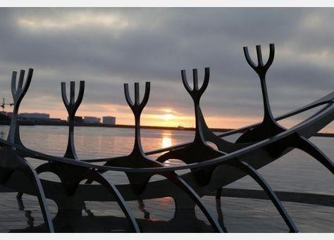 في رمضان، انقسام مسلمي آيسلندا حول غروب الشمس وشروقها
