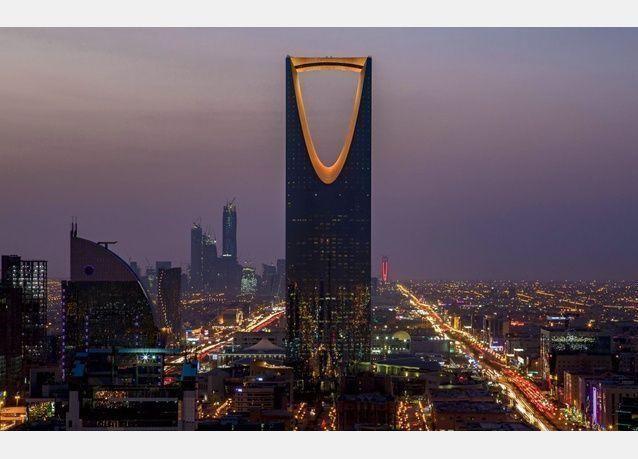 إعفاء الدكتور رياض بن كمال رئيس الهيئة العامة للإعلام السعودي