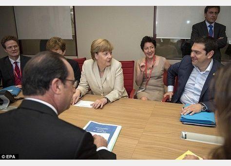 رئيس وزراء اليونان سيدعو لإجراء استفتاء بشأن صفقة الانقاذ