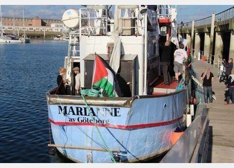 إسرائيل تمنع أسطولا بحريا يقل نشطاء لكسر الحصار عن غزة