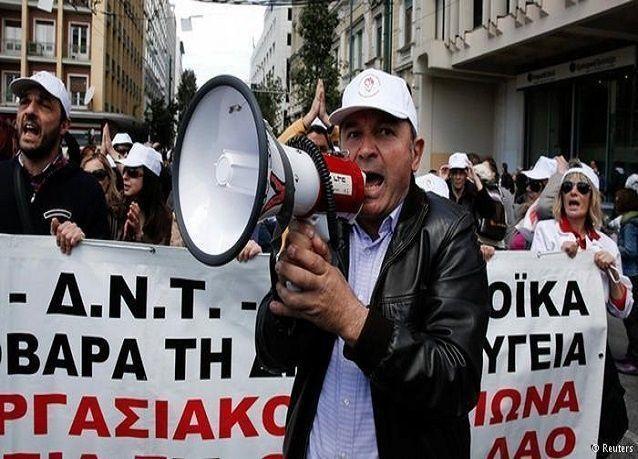 بالصور: أهم المحطات في أزمة اليونان المالية المزمنة