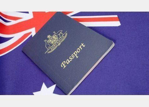 """سحب الجنسية الاسترالية تلقائيا عند دخول مناطق معينة أو امتلاك ملف أو معلومات عن عمليات """"إرهابية"""""""