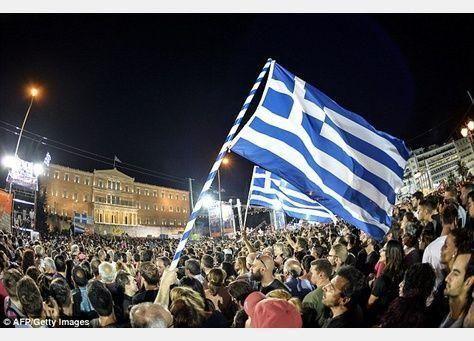 تراجع أسعار النفط بعد استفتاء اليونان واضطرابات بورصة الصين للأوراق المالية