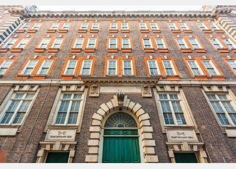 """""""اللولو"""" الإماراتية تدفع 170 مليون دولار لشراء مقر «سكوتلاند يارد» في لندن"""