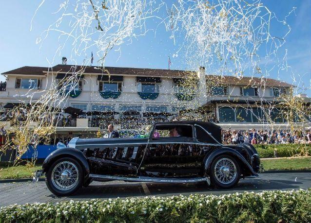 بالصور: أجمل 10 سيارات كلاسيكية في العالم