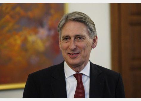 بريطانيا تعيد فتح سفارتها في طهران