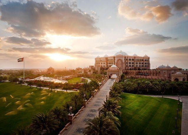 قصر الإمارات يحصد المرتبة الـ21 كأفضل فندق حول العالم لعام 2015
