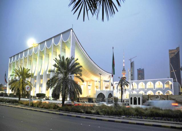 """الكويت تدرس منح 4000 من """"البدون"""" الجنسية العام الحالي"""
