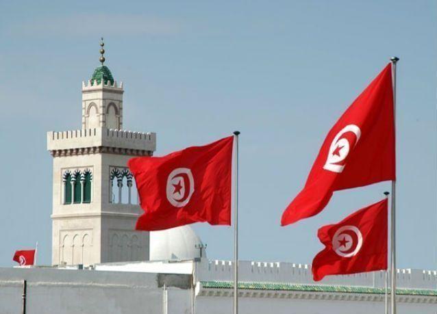 تونس : استقالة 32 نائبا من البرلمان .. والإسلاميون المستفيد الأكبر