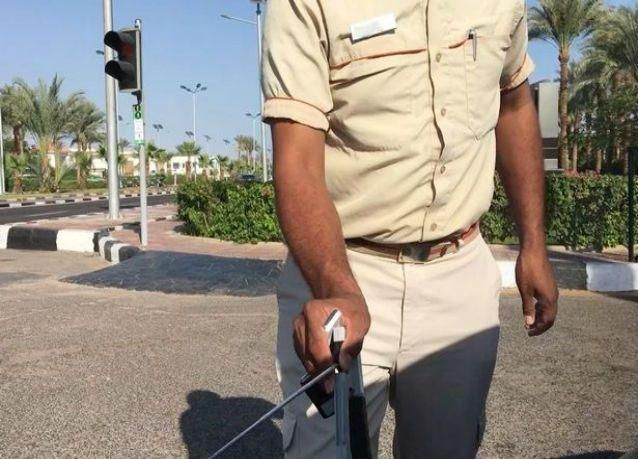 """صدمة جديدة للسياح البريطانيين من تعامل """"أمن شرم الشيخ"""" مع المتفجرات"""