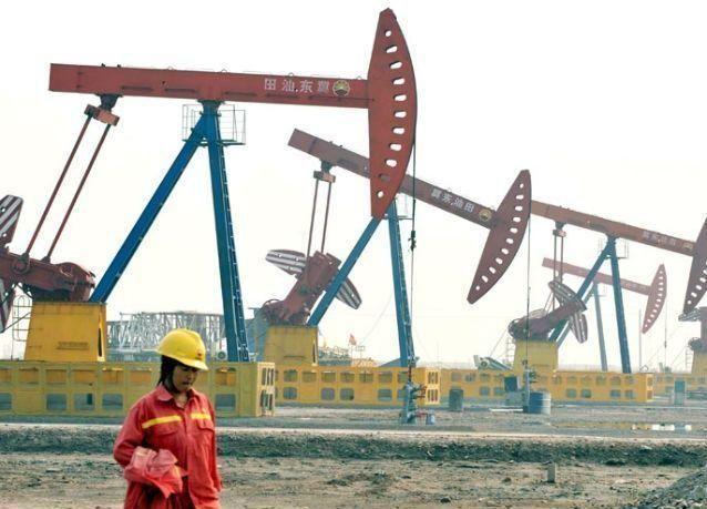 مخزونات النفط الخام في الصين تسجل أكبر هبوط منذ عام 2010