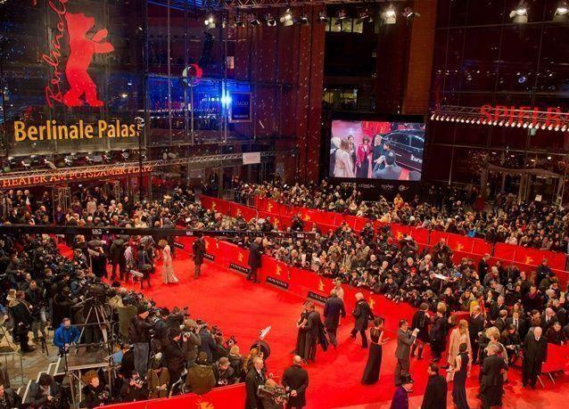 """افتتاح وتوظيف مهرجان برلين السينمائي هذا العام """"لجذب اللاجئين"""""""