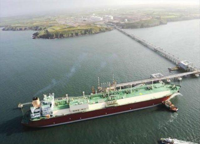قطر غاز تبيع أول شحنة غاز مسال فورية إلى شركة يابانية