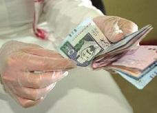 القروض الشخصية على الخليجيين تتجاوز تريليون ريال بنهاية 2012