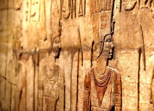 ترميم قطعتين من مركبين فرعونيين يرجعان ل 3100 سنة قبل الميلاد