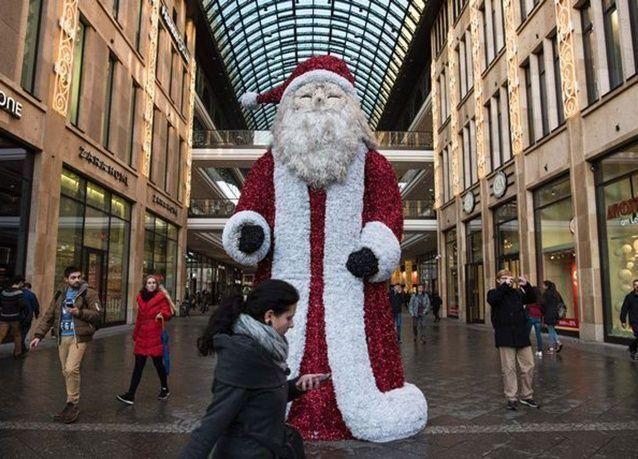 بالصور : استعدادات العالم لأستقبال أعياد الميلاد