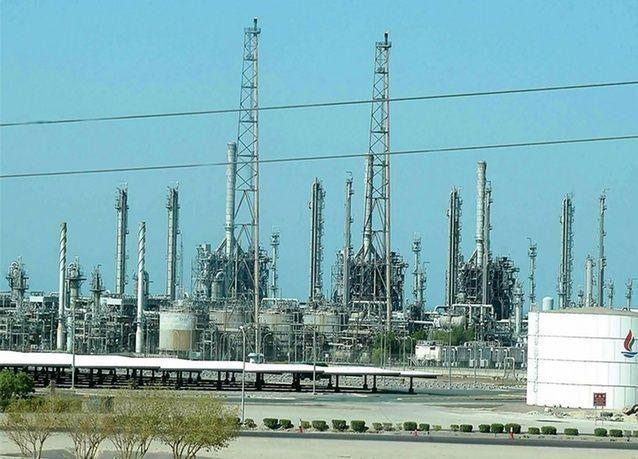 الكويت تدرس تمويل 70% من مشروع الوقود البيئي من خارج مؤسسة البترول