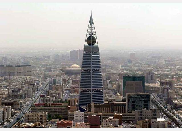 أمير سعودي بارز يطالب بصندوق سيادي تحسباً لتراجع الطلب على النفط السعودي