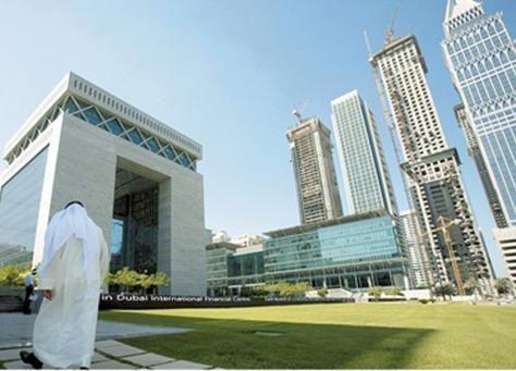 دبي تحقق أكبر مكاسبها لأغسطس ومصر ترتفع بعد تقليص حظر التجول