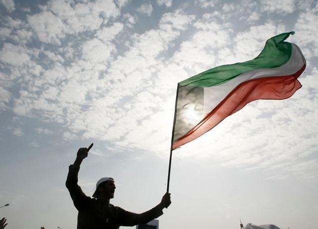 الشرطة الكويتية تفرق احتجاجاً للبدون
