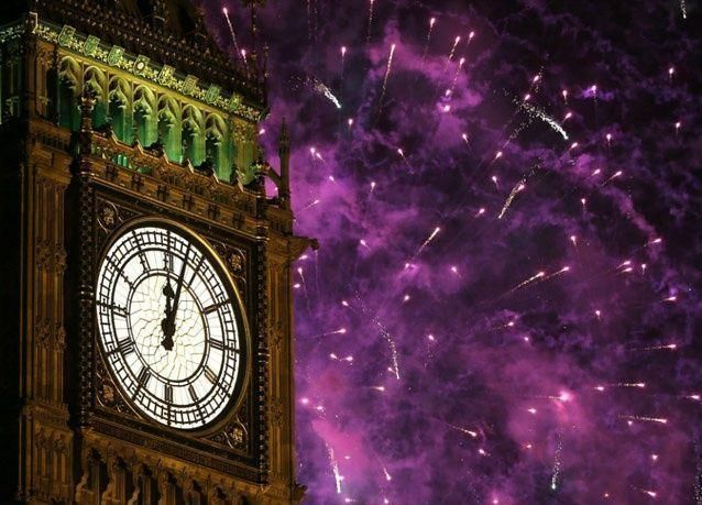 بالصور: العالم يستقبل 2013