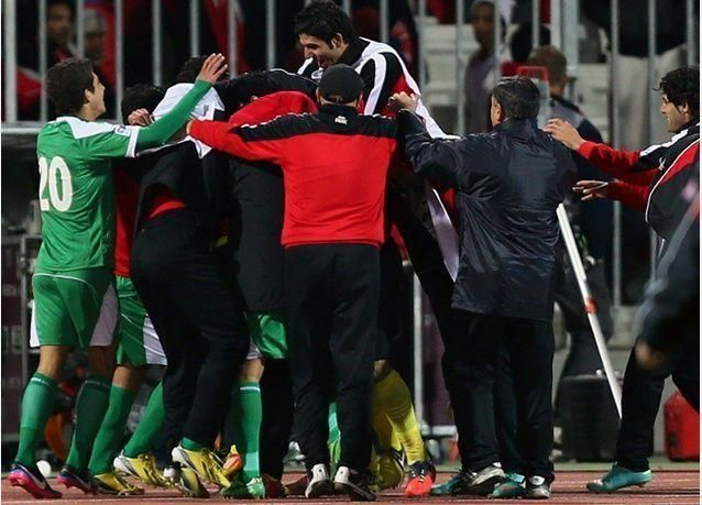بالصور : البحرين تودع كأس الخليج والعراق يتأهل للنهائي