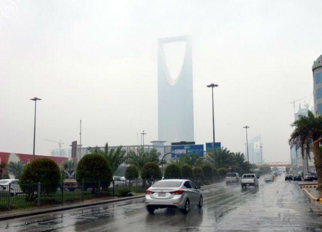 موجة باردة تضرب مناطق السعودية الشرقية والشمالية والوسطى مساء اليوم