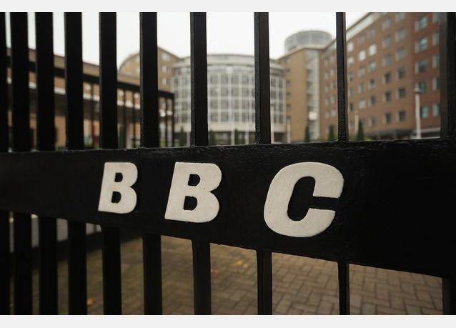 العزوف عن مشاهدة التلفزيون يدفع بي بي سي لإلغاء أكثر من ألف وظيفة