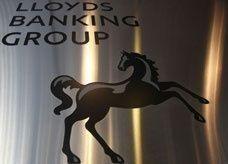 إقرار رئيسة الأمن الرقمي السابقة ببنك لويدز باختلاس 3.76  مليون دولار
