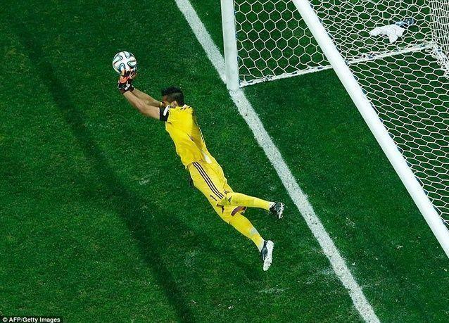 بالصور: فرحة الأرجنتين بالتأهل لنهائي كأس العالم