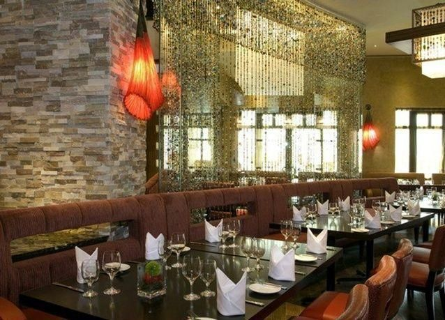 بالصور: أفضل 5 مطاعم بإطلالات خلابة على أهم معالم الإمارات
