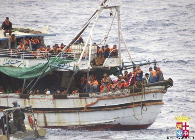 انقاذ أكثر من مئة طفل سوري مهاجر من الغرق قبالة سواحل إيطاليا