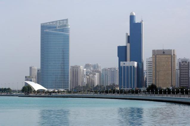 «إحصاء أبوظبي»: ارتفاع أجور العمالة 14.9 بالمئة في أغسطس