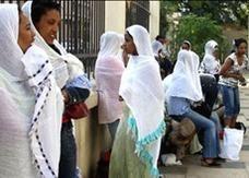 سوق سوداء للخادمات الفلبينيات والإندونيسيات في السعودية بعد الحظر