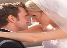 الزواج يساعد على النجاة من سرطان القولون