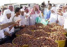 السعودية: دعوات لإخراج زكاة الفطر من التمور المحلية بلاً من الأرز المستورد