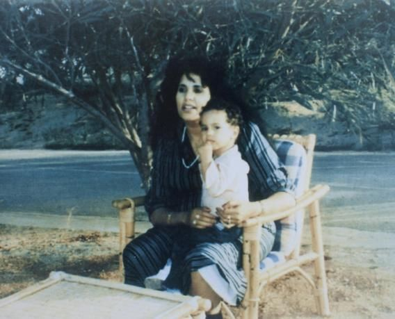 تحت المجهر: صور من ألبوم عائلة القذافي