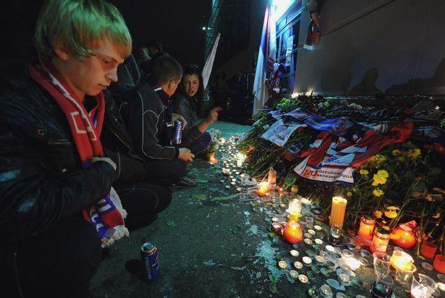 بالصور: تحطم طائرة روسية مقتل 43 من ركابها وهم أفراد فريق هوكي الجليد الروسي