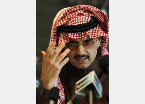 """الوليد بن طلال يدافع عن نفسه مجدداً أمام مزاعم اغتصاب """"ثريا"""""""