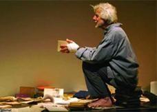 وفاة مخرج مسرحي فرنسي بظروف غامضة في رام الله