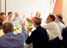 جوبز أهدى أيباد 2 للرئيس أوباما قبل شهر من طرحه