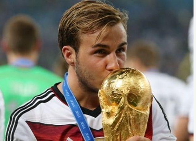 بالصور: تتويج أبطال العالم ألمانيا بمونديال البرازيل 2014