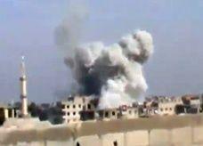 مقتل عشرات في غارة جوية على مخبز بوسط سوريا