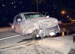 دبي: فرار سائقين كانا في سباق بعد حادث تحطم 6 سيارات