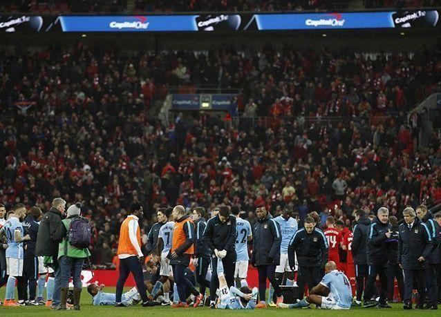 """بالصور : مانشستر سيتي يتوج بطلاً لكأس """"الكابيتال ون"""" على حساب ليفربول"""