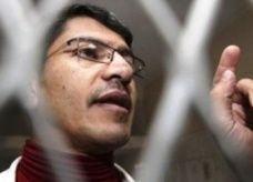 الإفراج عن صحفي يمني طالب أوباما باعتقاله لكشفه ضربات جوية أمريكية