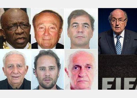 الإنتربول يدرج أسماء ستة على قائمة المطلوبين في إطار تحقيق الفيفا